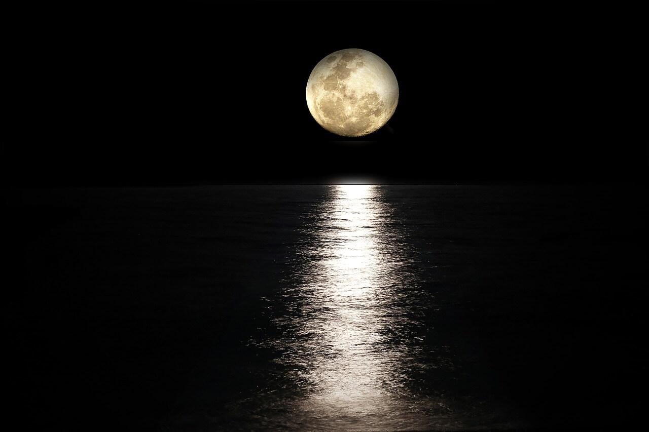 Resultado de imagen para luna