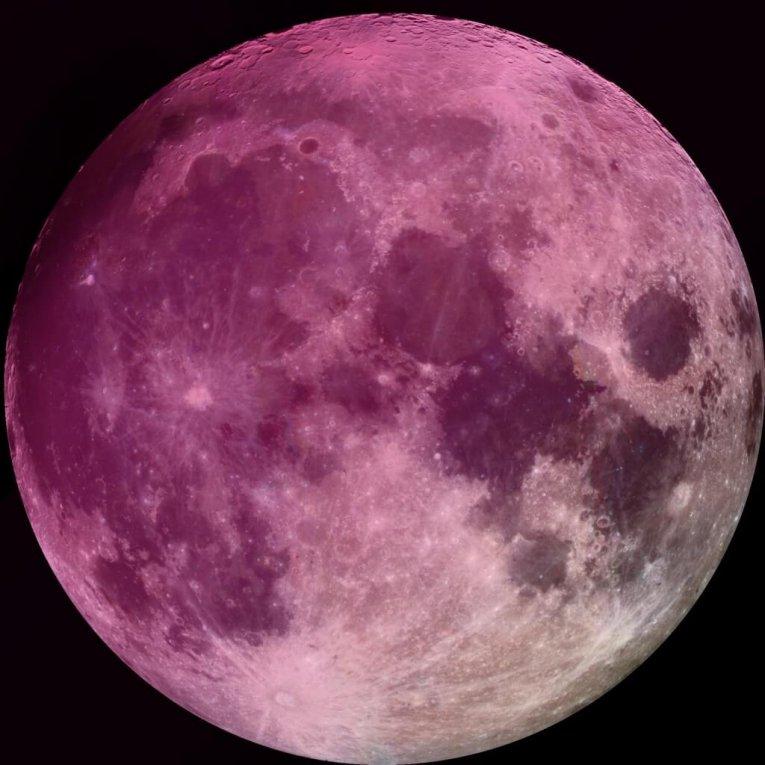 luna llena abril 2019