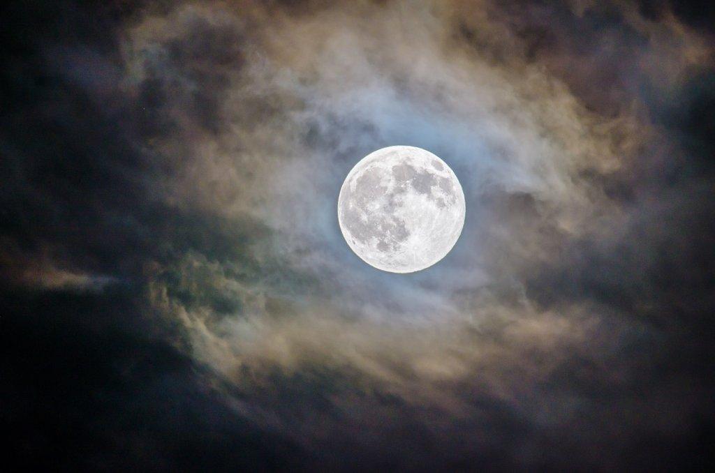 luna-llena-junio-luna-de-fresa
