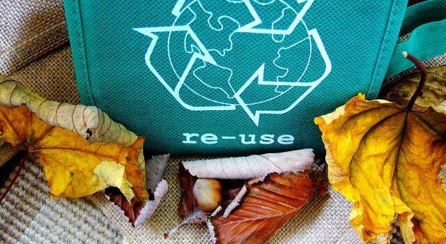 ropa-sostenible-moda-reciclada