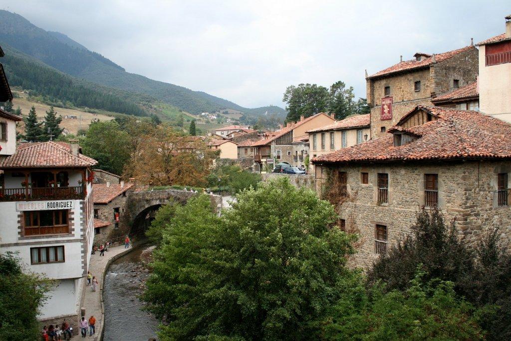 potes_cantabria entre los once pueblos mas bonitos de españa