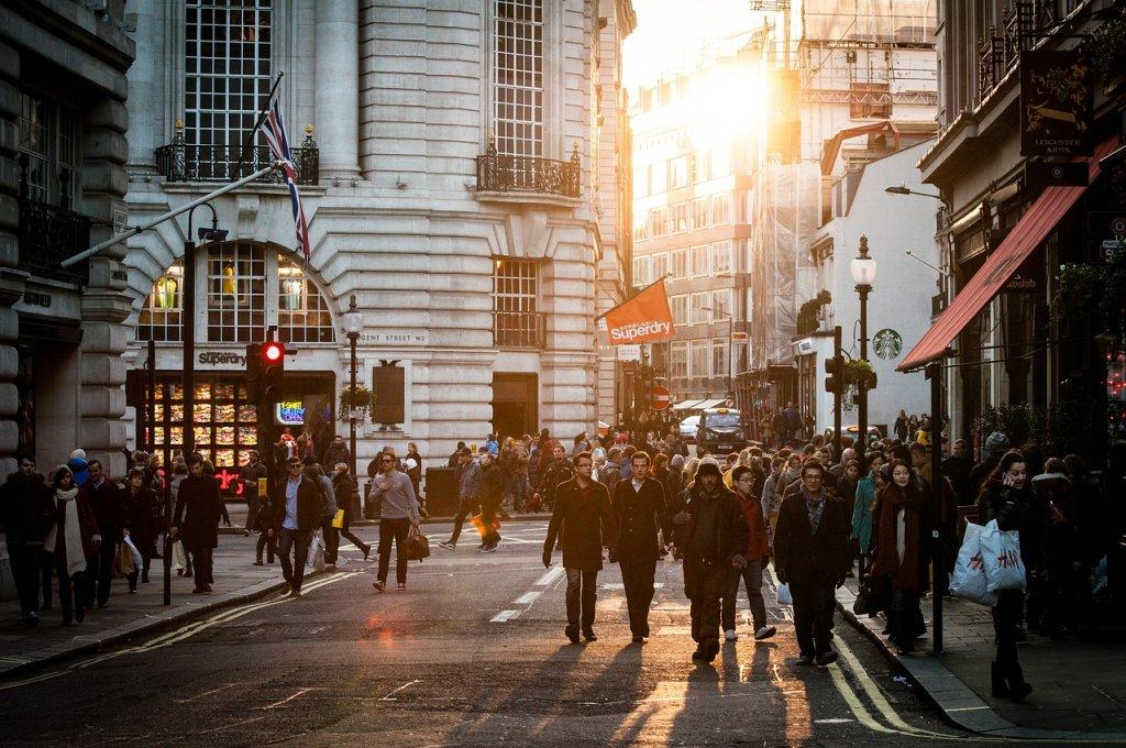 La temperatura de los locales comerciales puede influir al comprar