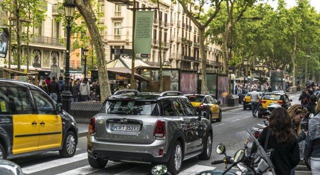coche electrico mini contaminacion
