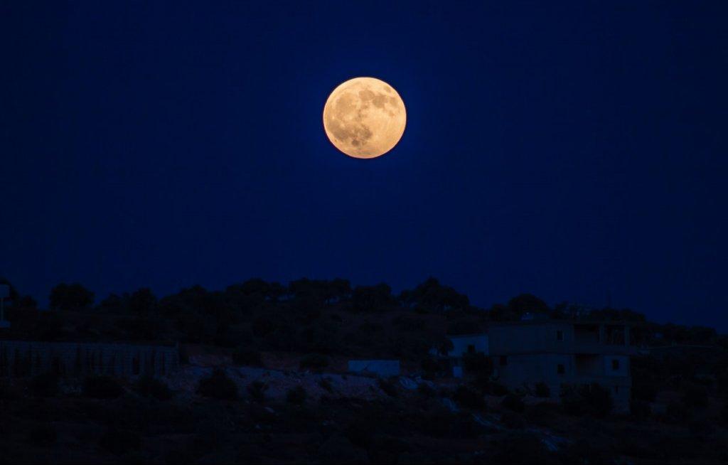 luna llena marzo 2019