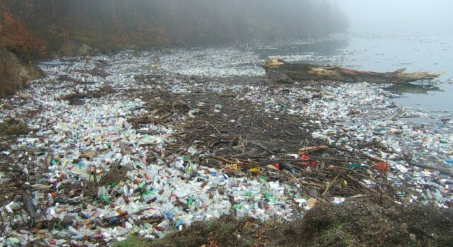 contaminacion-plasticos-rios