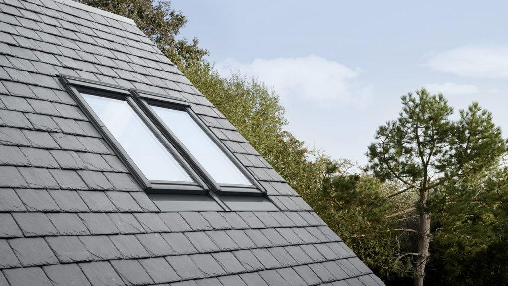 ventana persiana tejado