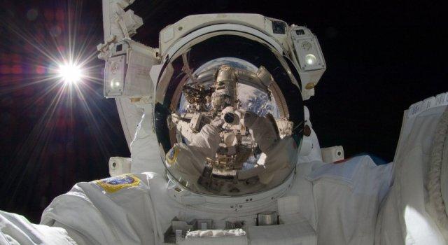 astronautas delitos espaciales