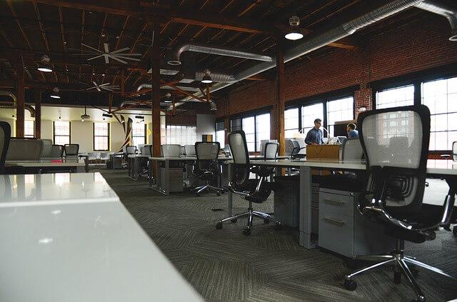 oficina-contaminacion-interior