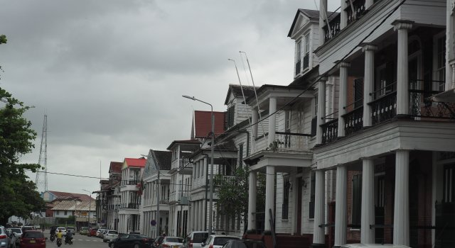 Surinam-economia-carbono