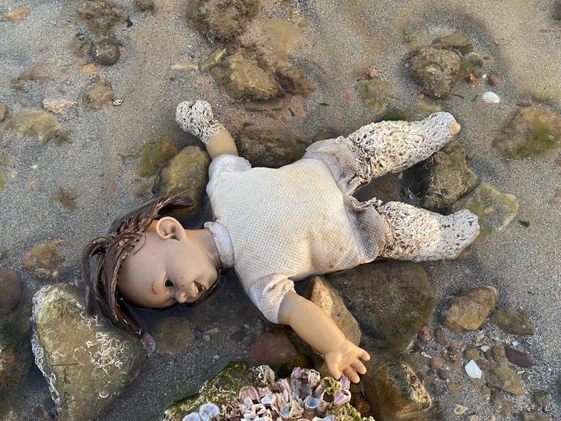 muñeca con gusanos Mar Menor