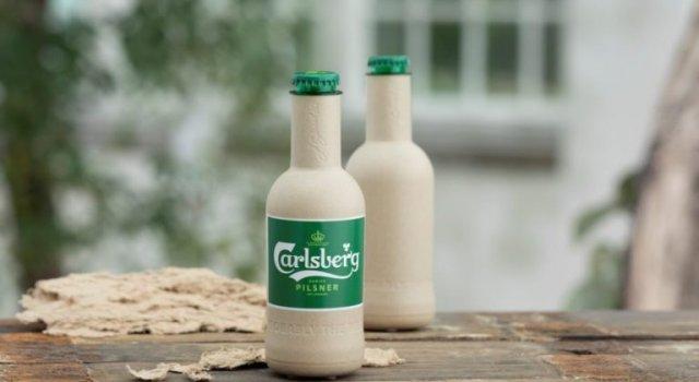 botella carlsberg cerveza plastico biodegradable plantas