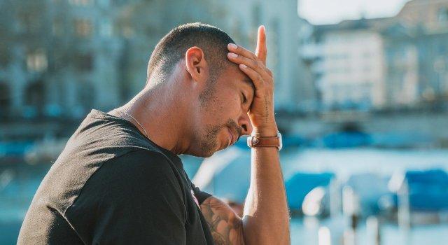 dolor-cabeza-sudor