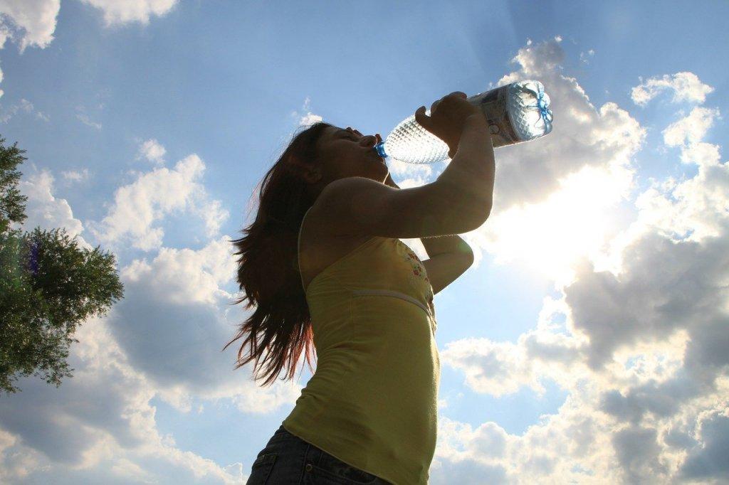 deshidratacion-sintomas-ser-beber-agua