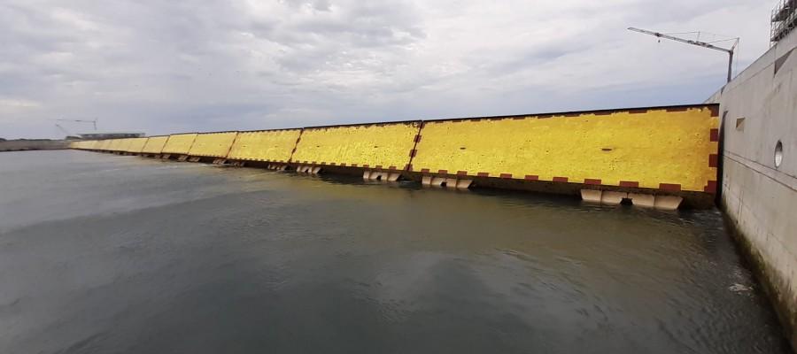 venecia-dique-agua-aqua-alta-inundacion