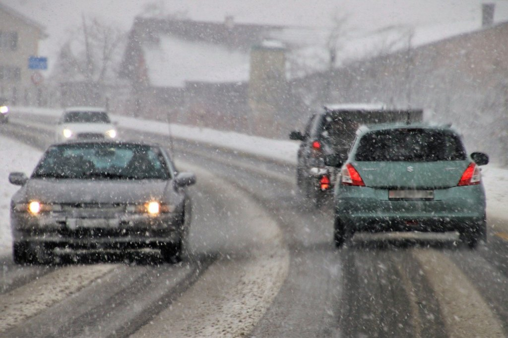 accidentes-coches-invierno-trafico