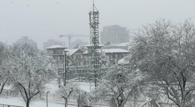 tuberias y antenas congeladas frio nieve