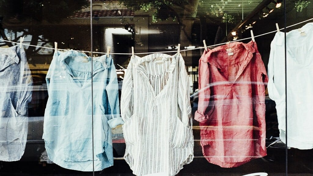 plástico en la ropa