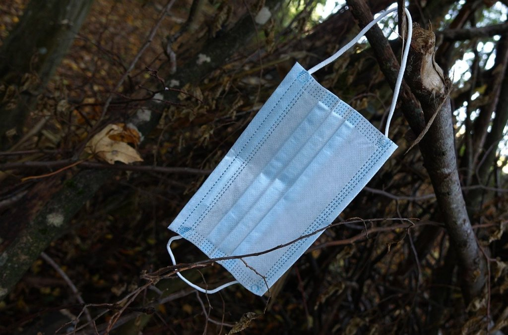 mascarilla-basura-reciclaje (1)