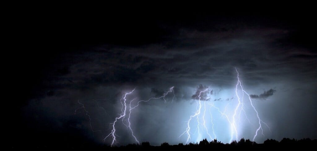 causas-caida-rayos-tormenta