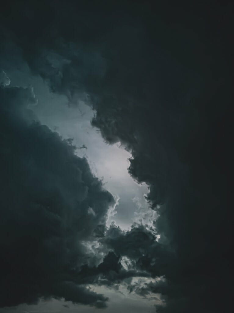 Nubes negras de tormenta