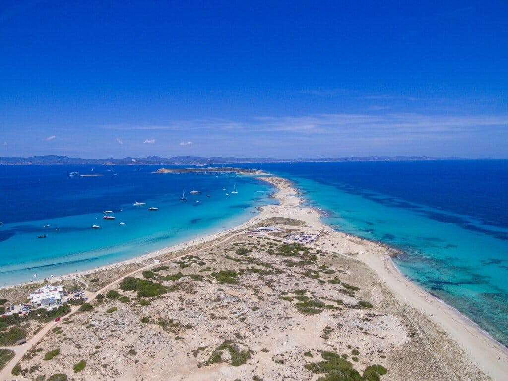 playa-paradisiaca-ses-illetes