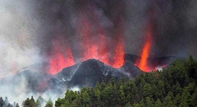 erupcion volcan la palma lava magma