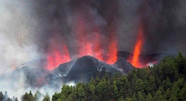 Erupción volcán la palma lava magma