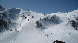 Las estaciones de esquí se llenan de nieve