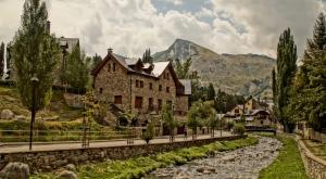 Escápate a 5 lugares que seguro no conoces de España