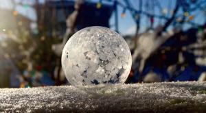 La magia de una burbuja congelada
