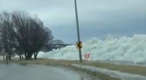 Un tsunami de hielo sorprende a todo el mundo