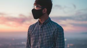 """Mascarilla """"de por vida"""" por la contaminación: la recomendación de los expertos"""