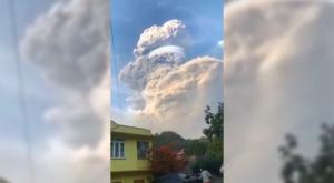 """""""¡Llueve ceniza!"""" Así ha sido la gran erupción del volcán San Vicente"""