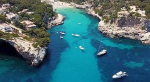 Calas del Mediterráneo en las que perderte este verano