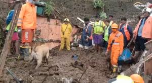 Las inundaciones golpean ahora a la India: 138 fallecidos