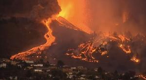 """Una """"erupción lenta"""" con ocho bocas que siguen lanzando lava"""
