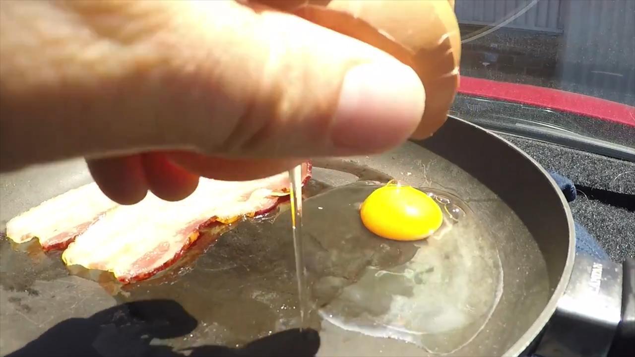 Se puede fre r un huevo en el coche for Coche huevo